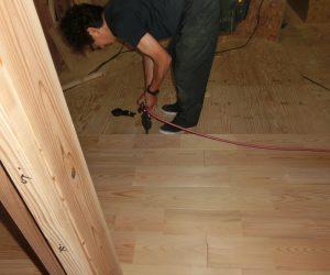 T様邸 現場進捗 「床貼り」