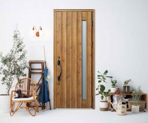 標準仕様 玄関ドアがモデルチェンジ!